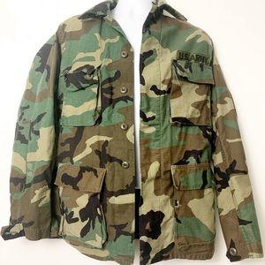 Jackets & Blazers - Vintage Small Long US Army Fatigue Jacket Camo
